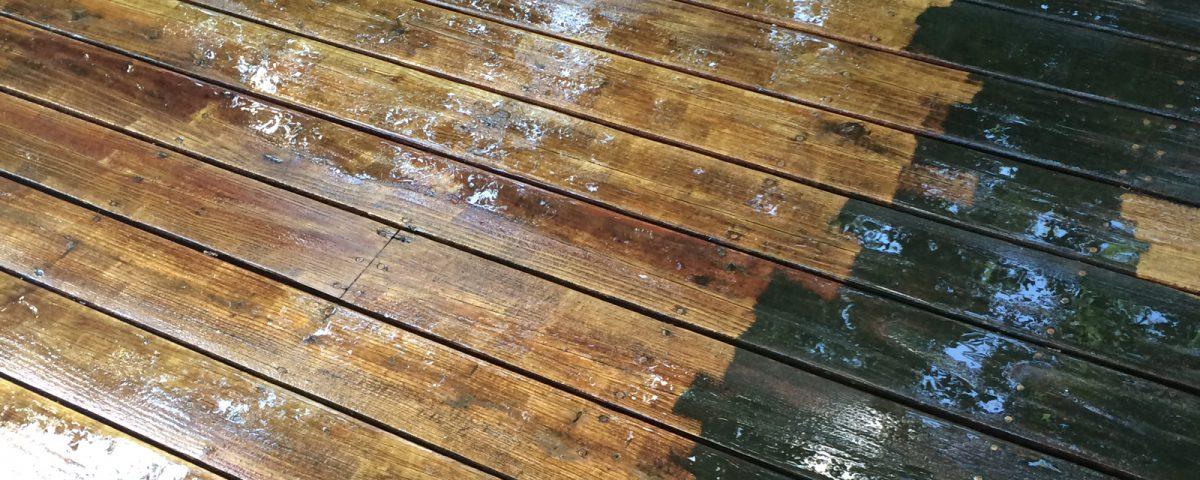cedar-wood-deck-power-washing-difference